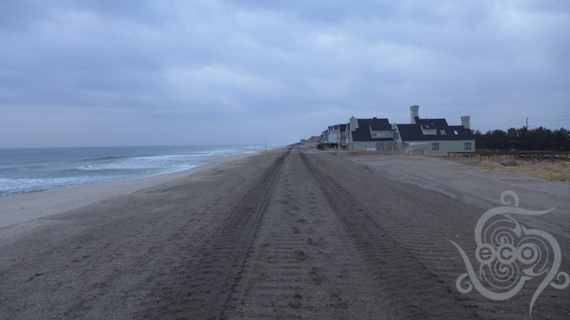 Looking south along the beach in Mantoloking, half way between Lyman and Herbert Streets.